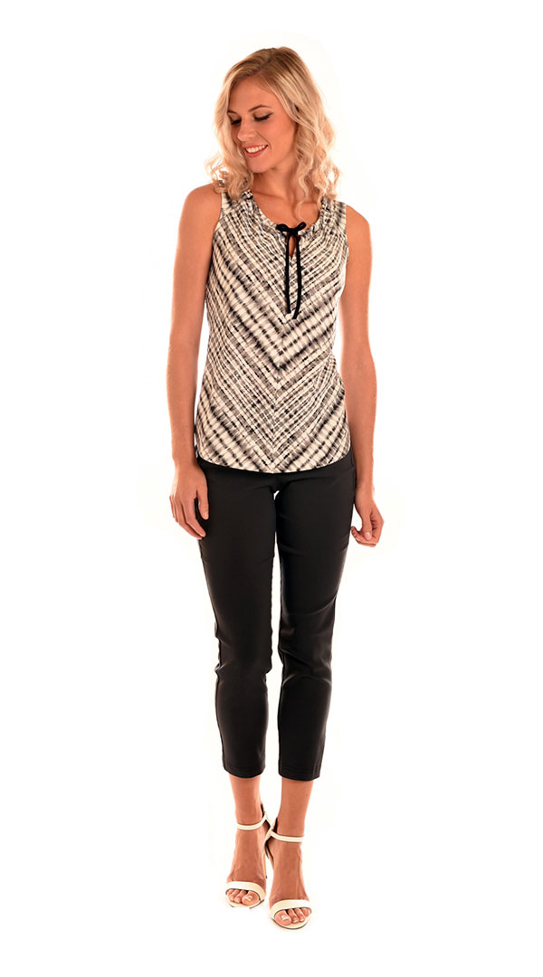 24.-278-Printed-Rib-Knit-Drawstring-Keyhole-Top-699C-Stretch-Prada-Twill-Crop-Skinny-Jean