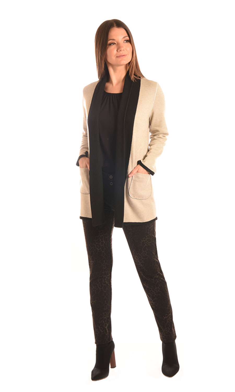 495-Two-Sided-Knit-Reversible-Cardigan-(Oatmill)-309A-Stretch-Ponte-9in-Rise-Ankle-Skinny-Jean